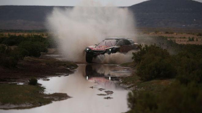 Carlos Sainz, camino de Uyuni.
