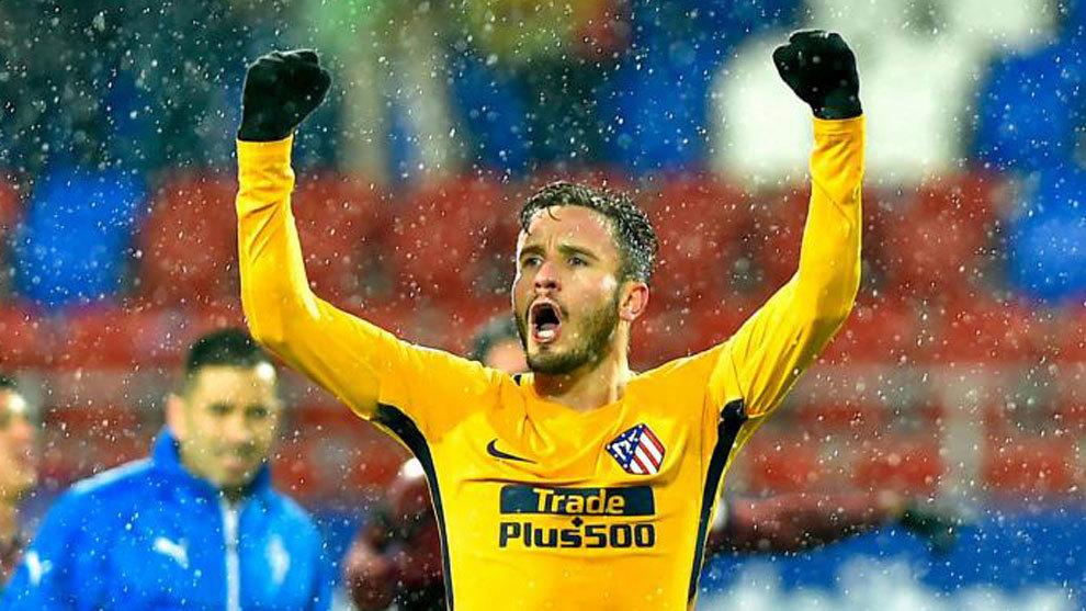 Saúl (23) celebra el triunfo del Atlético ante el Eibar