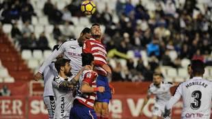 El Granada buscó el empate en Albacete y lo logró una vez, pero...