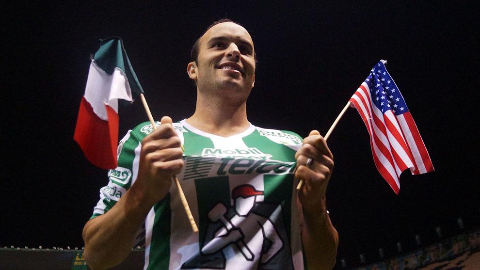 Landon Donovan es presentado en León.