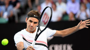Federer, en la volea