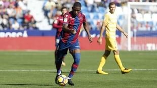 Lerma, durante un partido de esta temporada en el Ciutat de València.