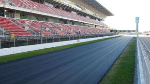 Así está la recta principal del Circuit tras la primera capa de...
