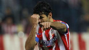 Diego Costa celebra uno de sus goles de aquella eliminatoria.
