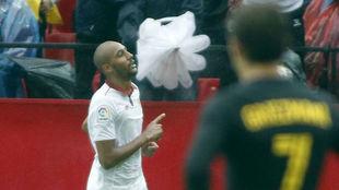 N'Zonzi celebra su tanto al Atlético en la pasada Liga.