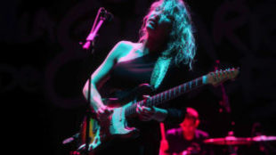 La cantante y guitarrista serbia, Ana Popovi