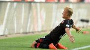 Pohjanpalo celebra un gol al Hamburgo
