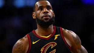 "LeBron James está viviendo ""otra temporada desafiante"""