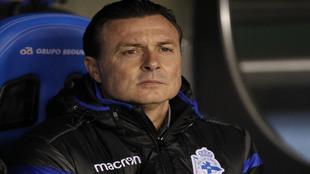 El entrenador del Deportivo Cristóbal Parralo en el pasado encuentro...