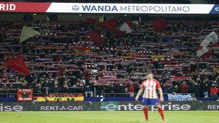 Imagen del fondo sur del Wanda Metropolitano durante el partido entre...