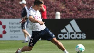 James, en un entrenamiento con el Bayern.