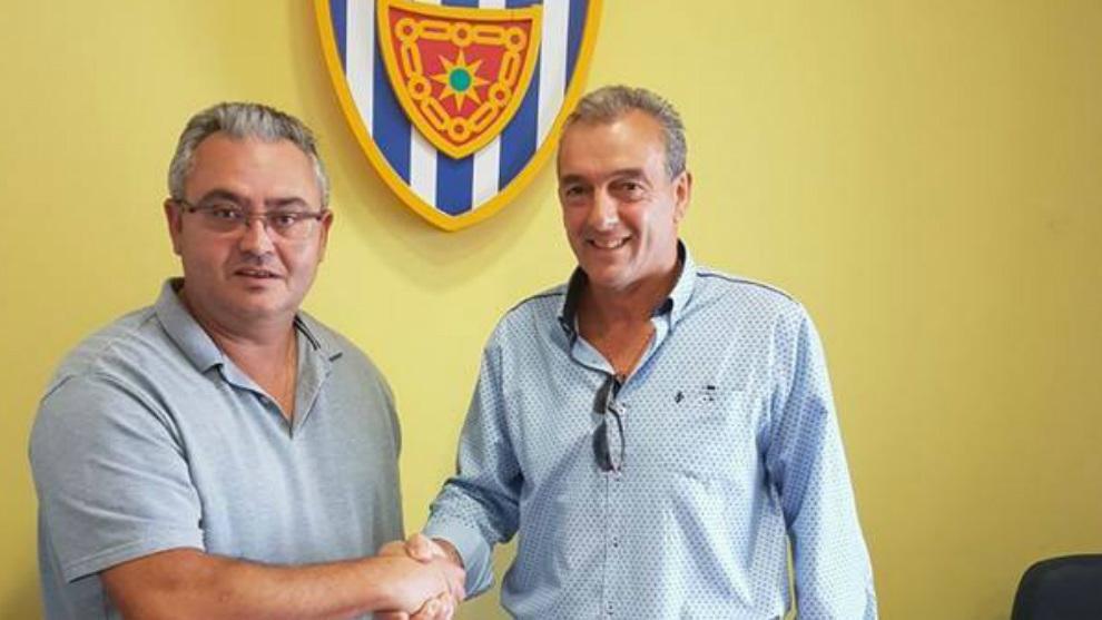 Nacho Martín, a la derecha, junto al presidente  Alfonso Canela el...