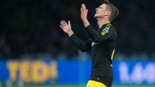 Lukasz Piszczek, del Borussia, se lamenta en una acción.