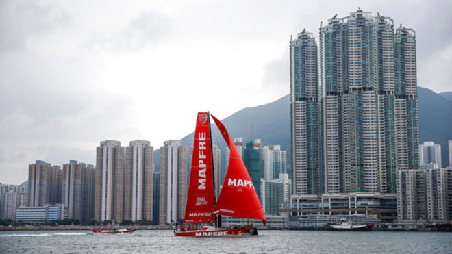 El MAPFRE, a su llegada a Hong Kong