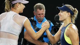 Sharapova saluda a Kerber