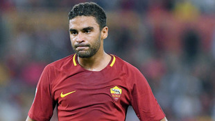 Defrel durante un partido con la Roma