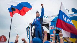 Nikolaev celebra un sufrido triunfo