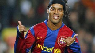 """""""Ronaldinho se retira con 37 años, luego que si no hay dinero para pagar las pensiones"""""""