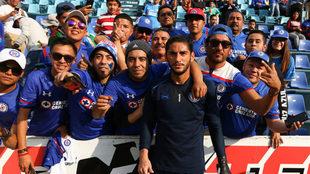Corona y Cruz Azul no han logrado el triunfo en el estadio Azul, en su...