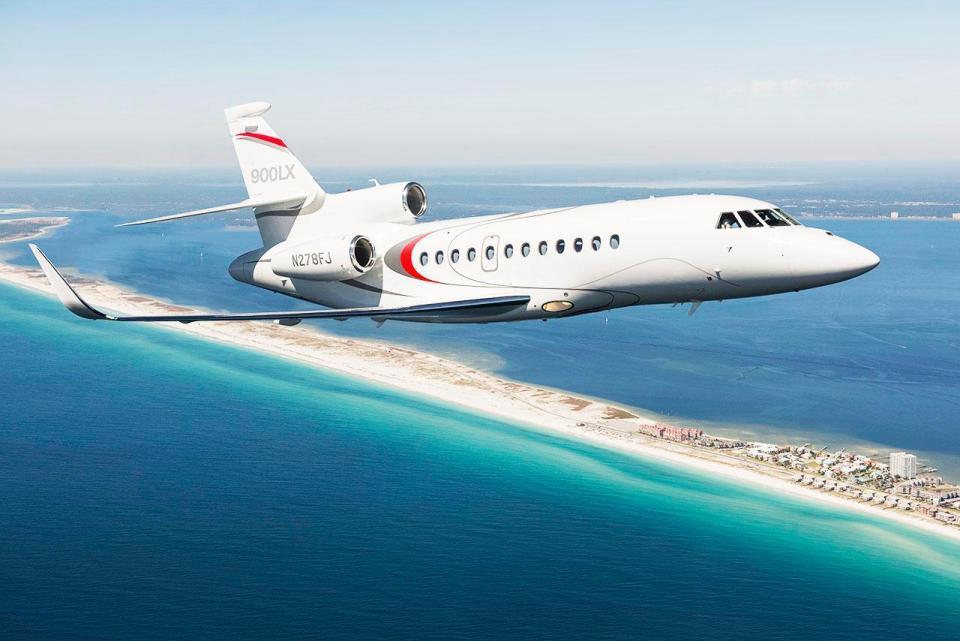 Top 6 aviones privados de futbolistas: Wayne Rooney tiene un Dassault Falcon 900LX valorado en 15,8 millones de euros.