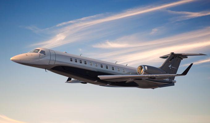 Top 2 aviones privados: Leo Messi tiene un avión Embraer Legacy 650 valorado en 28,3 millones de euros.