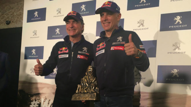 Carlos Sainz y Lucas Cruz.