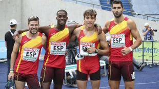 De izquierda a derecha, Óscar Husillos, Darwin Echeverry, Lucas Bua y...