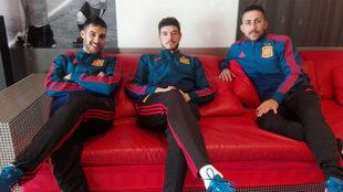 Adolfo, Marc Tolrá y Joselito posan durante la concentración de la...