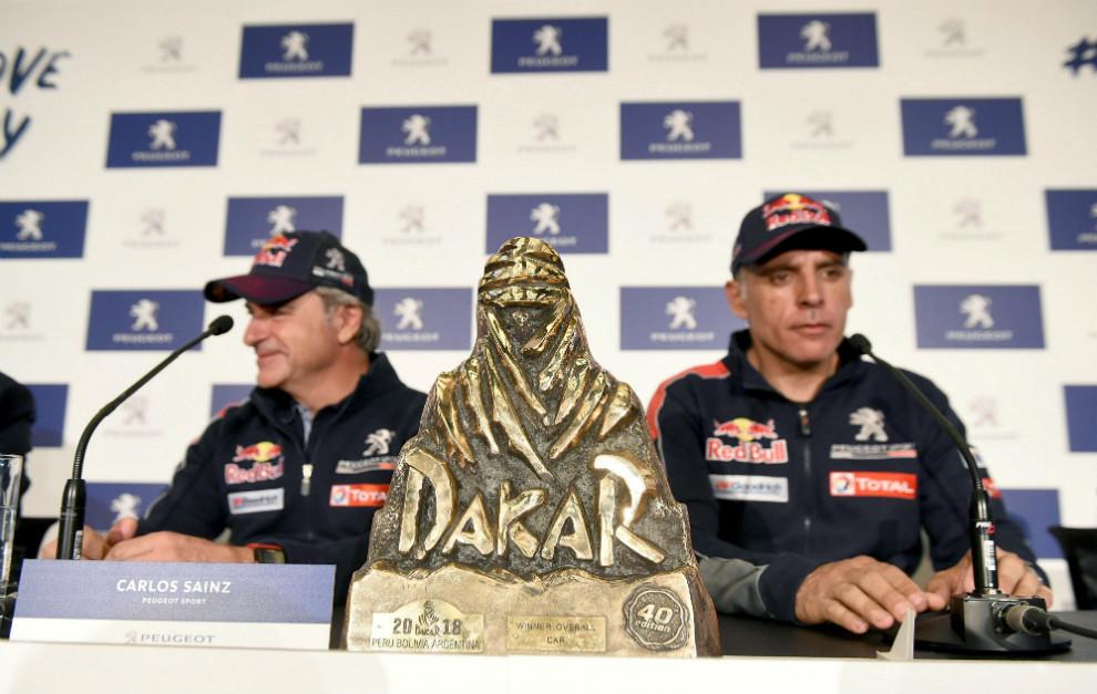 Carlos Sainz y su copiloto Lucas Cruz