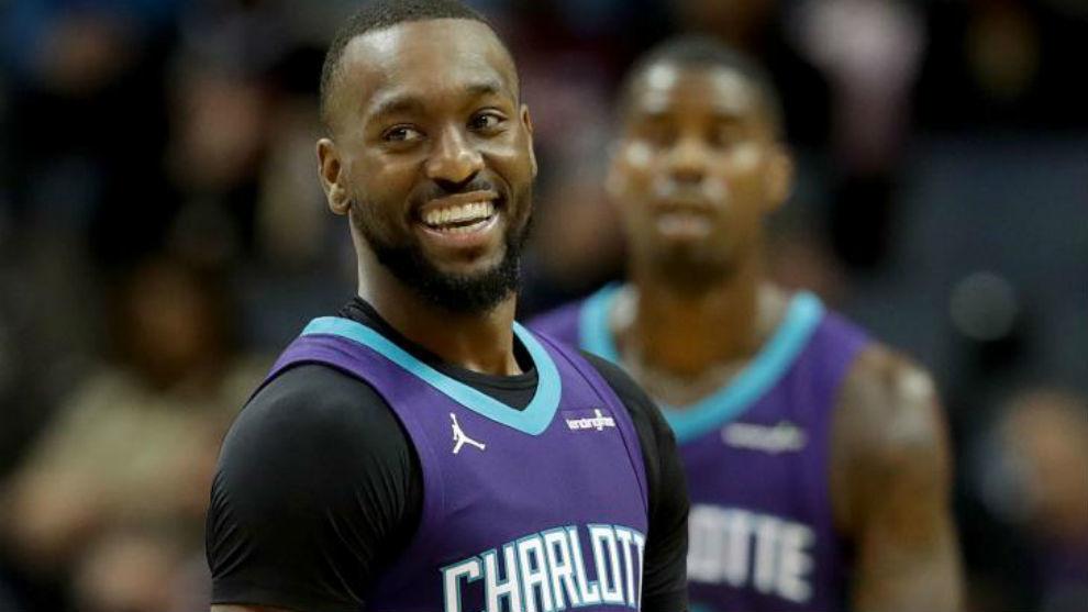 Kemba Walker jugando para los Charlotte Hornets