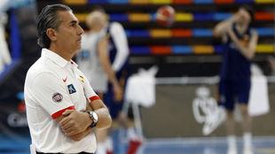 Sergio Scariolo, durante un entrenamiento de la selección.