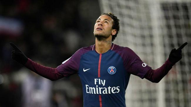Neymar celebra uno de sus últimos goles con el PSG.