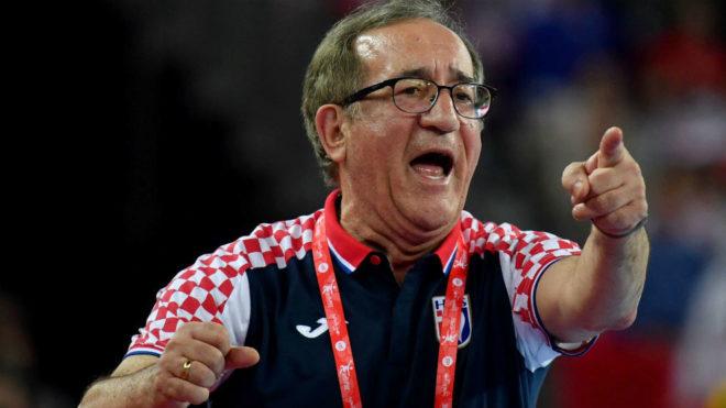 El seleccionador croata Lino Cervar