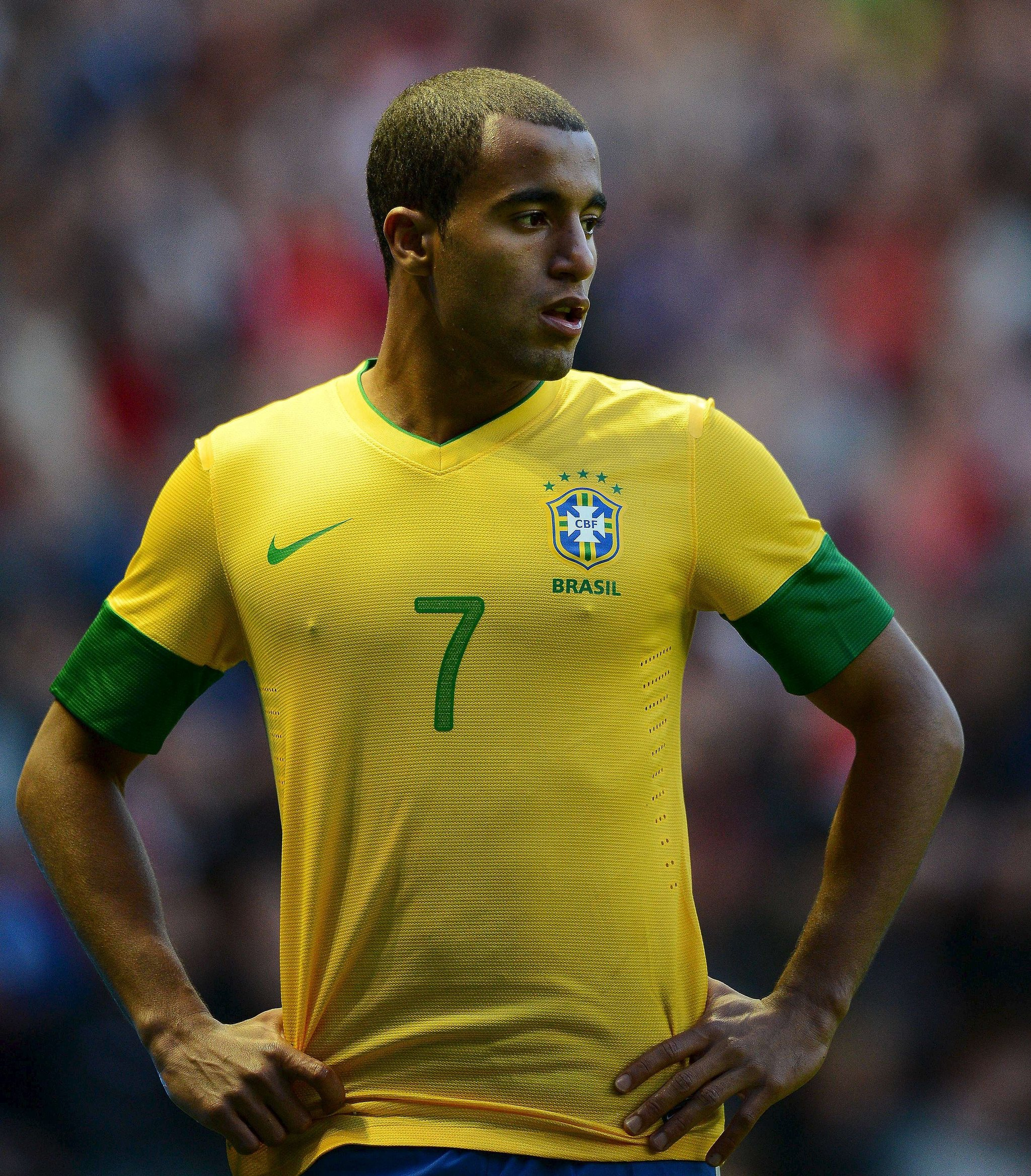 Lucas Moura To Psg Price: Transfer Market: Real Madrid's 570m Euros For