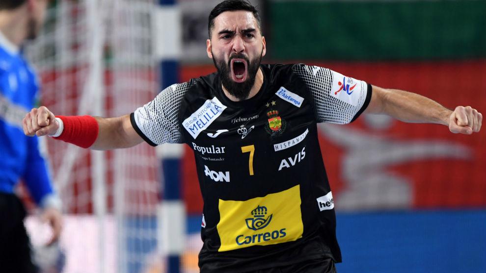 Valero Rivera celebra un gol.