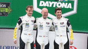 Antonio García (i), Jan Magnussen (c) y Mike Rockenfeller, en la...