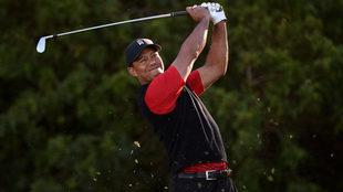 Tiger Woods tuvo un regreso complicado