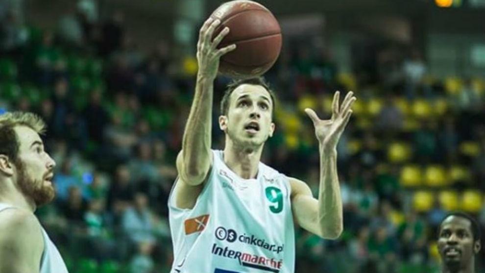 Álex Hernández en su debut con el Zielona Gora