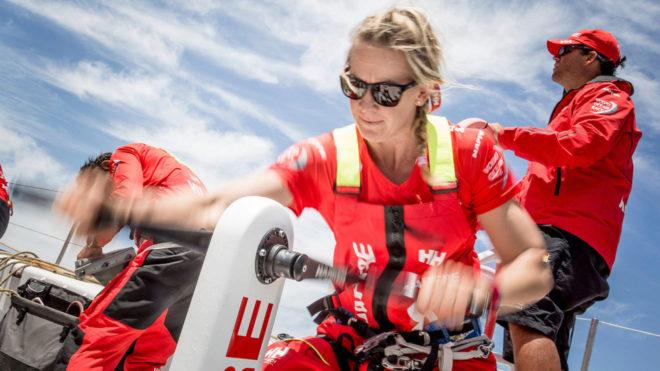 Sophie Ciszek, en una etapa de la Volvo Ocean Race con el MAPFRE