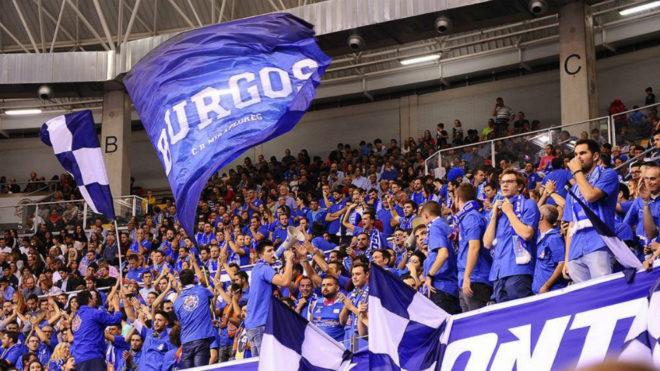 La afición del San Pablo Burgos en El Colisem en un partido de ACB...
