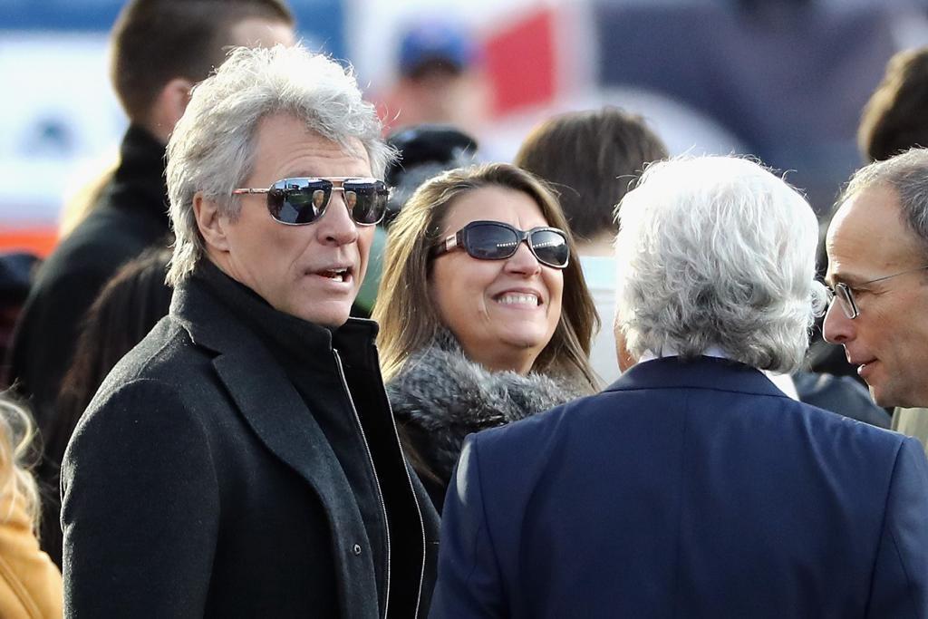 Robert Kraft junto a su amigo el cantante Jon Bon Jovi.