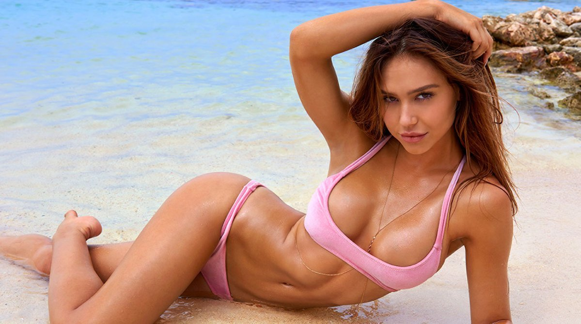 Alexis Ren es la Sports Illustrated Swimsuit 2018 Rookie of the Year