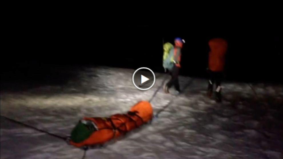 Imágenes del rescate del montañero