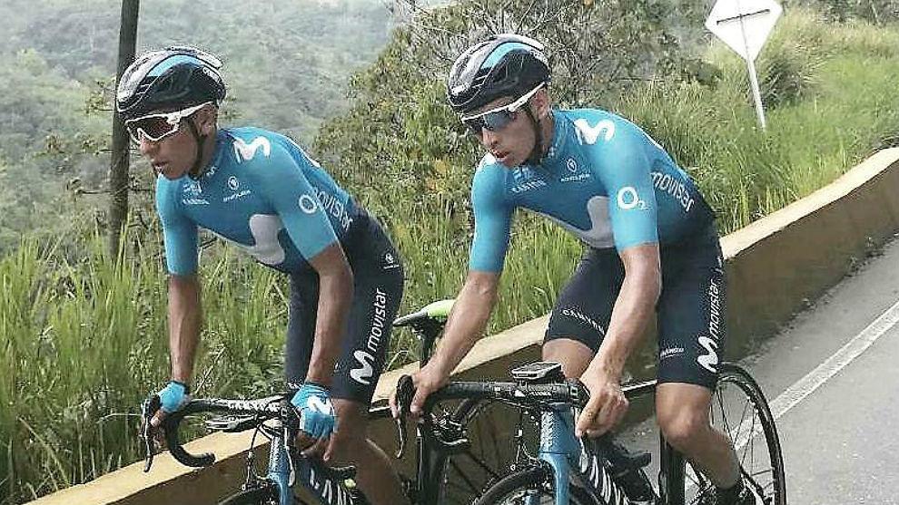 Nairo Quintana y su hermano Dayer, entrenándose en Colombia.