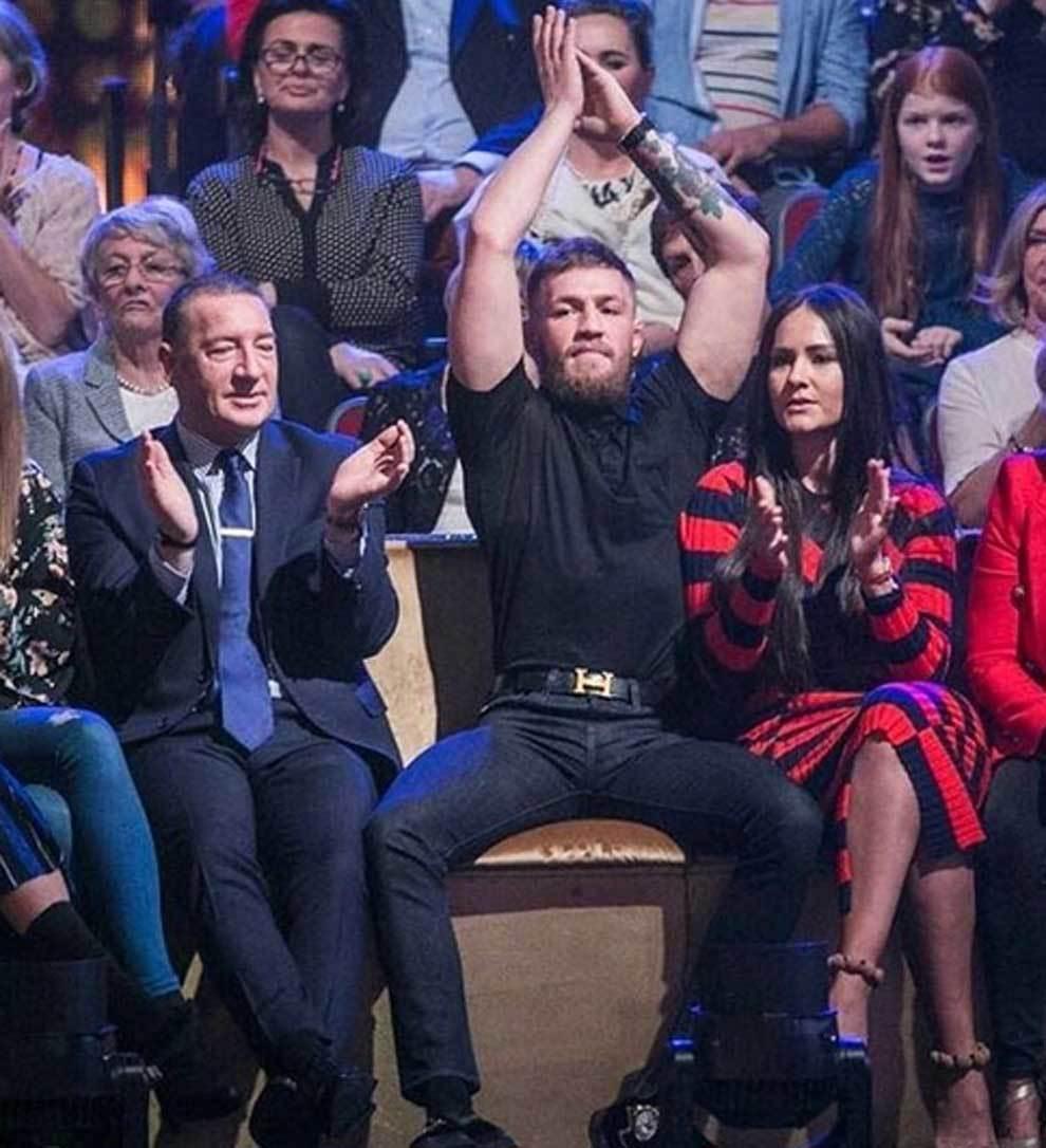 Conor McGregor animando a su hermana Erin en el Dancing with the Stars