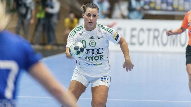 Nora Mork, en un partido con el ETO Györ.