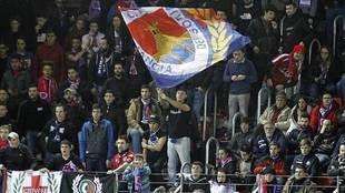 La afición del Numancia durante un partido reciente en Los Pajaritos