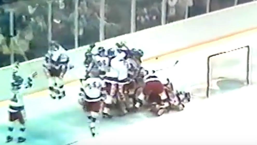 El 'milagro sobre hielo' de 1980. Los estadounidenses celebran el...