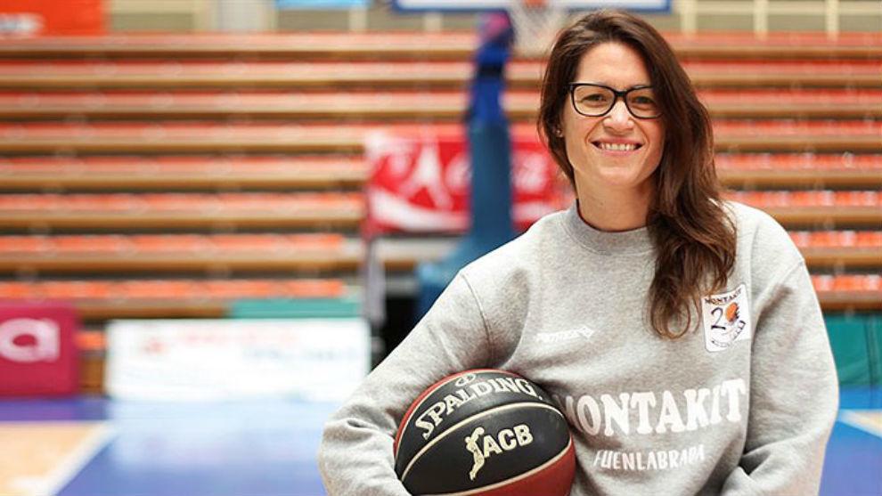 Anna Montañana ya actúa como ayudante en el Fuenlabrada