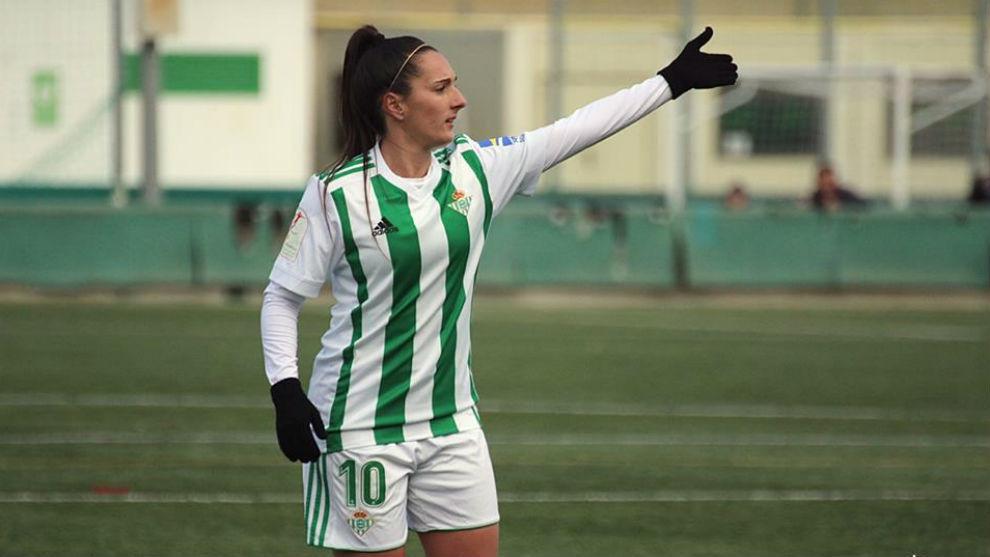 Paula Moreno, durante un partido de la Liga Iberdrola esta temporada.